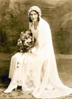 X. old wedding portrait