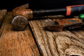 Tools-hammer-450x300