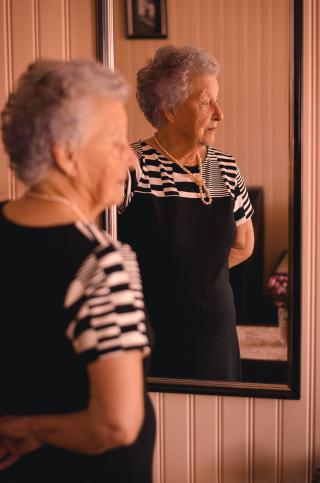 Adult-beautiful-elder-2269726