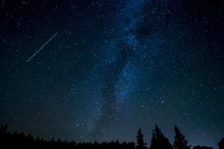 Astronomy-comet-constellation-631477